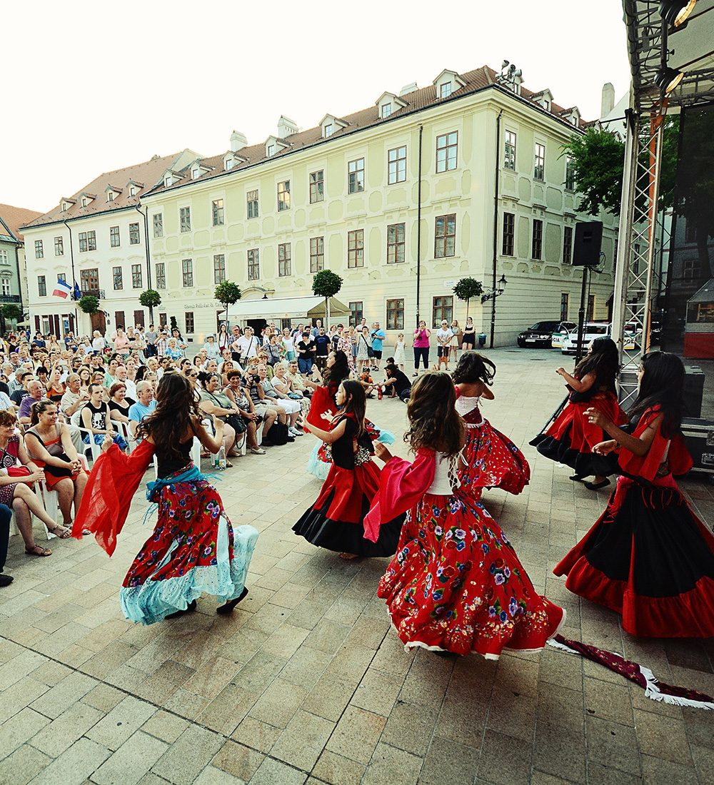 The cultural summer and castle festival